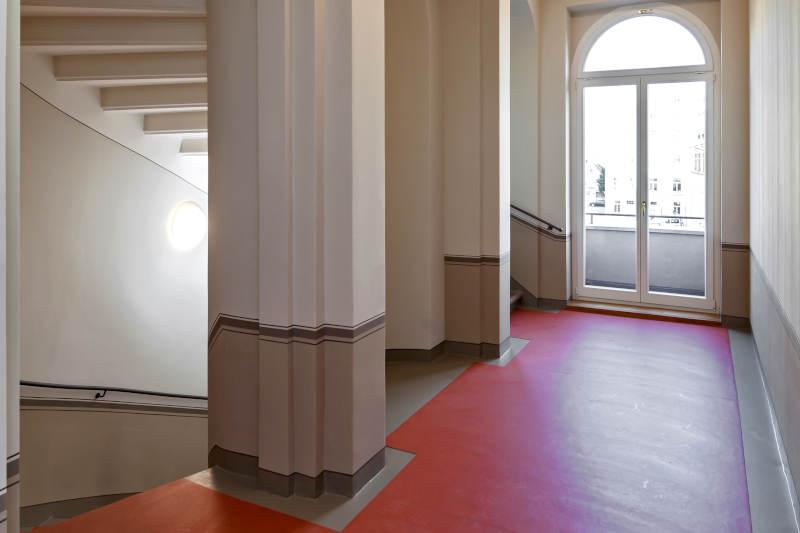 saniertes-treppenhaus